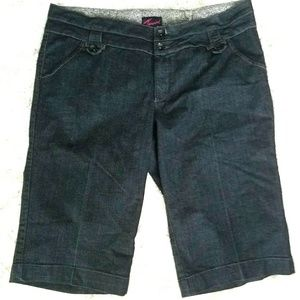 26 Torrid Denim Trouser Crops